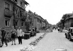 Bombenschäden in der Belchenstraße